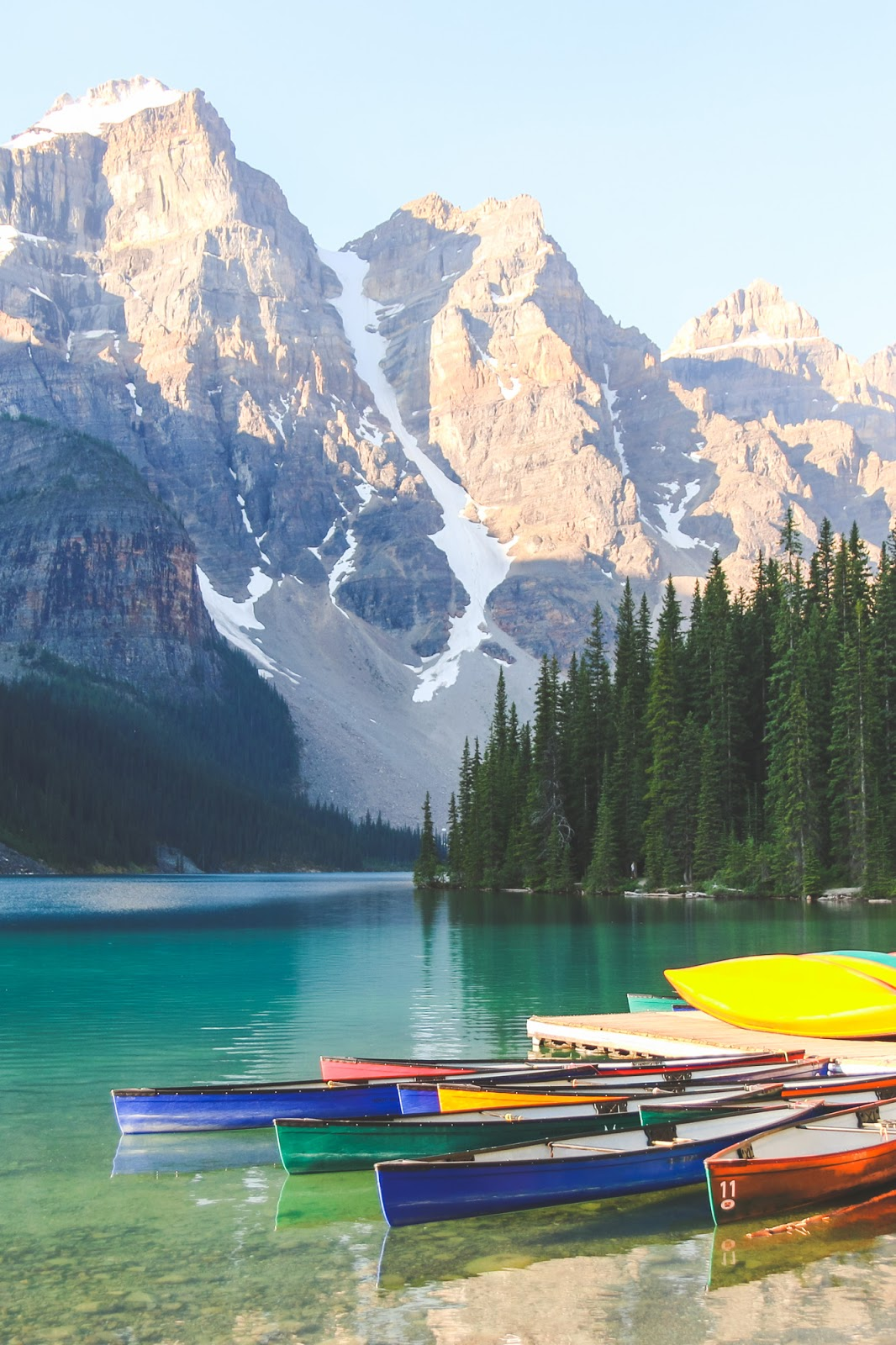 Canoeing in Moraine Lake // Banff National Park